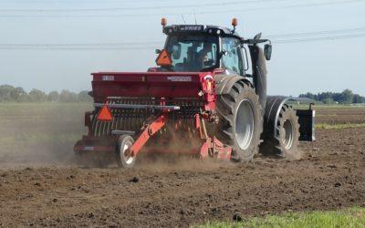 GUS: Dochód gospodarstw z 1 ha przeliczeniowego bardzo spadł